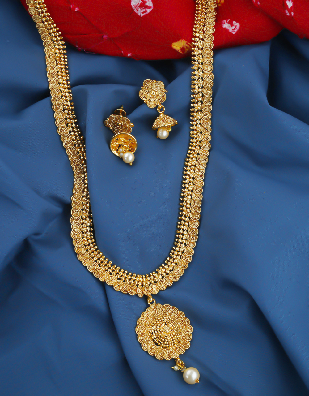 Simple Gold Finish Traditional Long Necklace Jewellery For Women