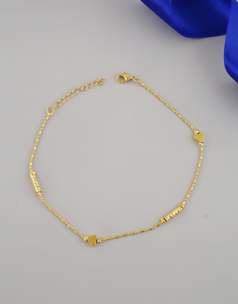 Simple Gold Finish Heart Design Anklet