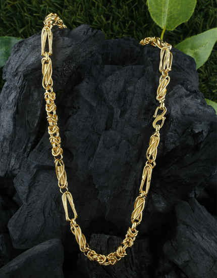 Designer Fancy Gold Finish Mens Chain For Trendy Wear