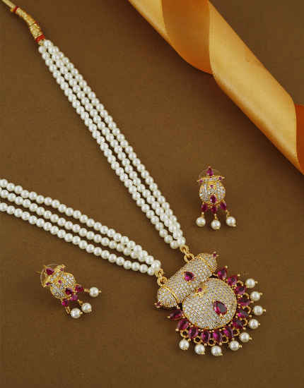 Pink Colour Gold Finish American Diamond Marathi Look Bride Jewellery