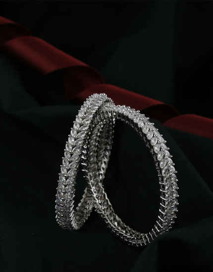Silver Finish Fashionable Studded With Diamond Artificial Bangles