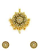 Gold Finish Kundan Pendant Set Styled With Pearls Beads Kundan Pendant Set