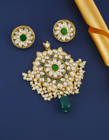 Green Colour Designer Gold Finish Pearls Styled Kundan Pendant Set