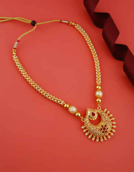 Red Colour Gold Finish Thushi Styled With Pearls Beads Marathi Thushi