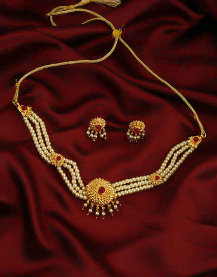 Simple Gold Finish Designer Traditional Moti Necklace For Weddings