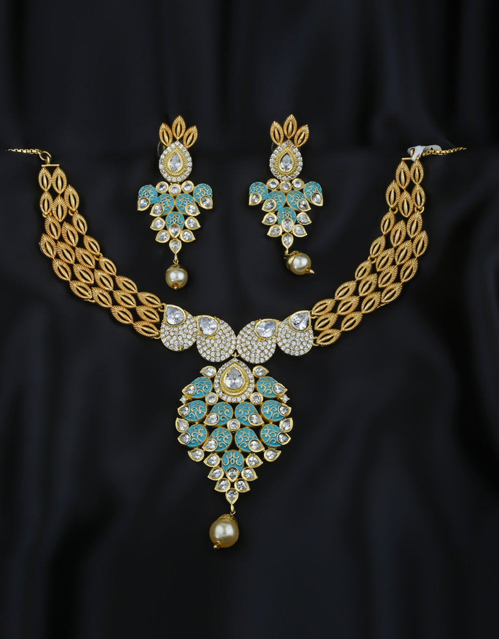 Green Colour Gold Finish Wedding Necklace For Women Fancy