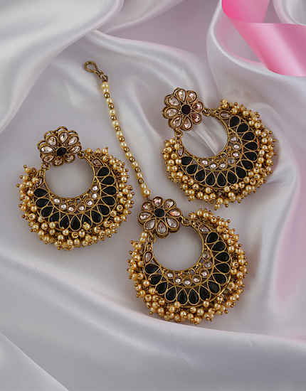 Black Colour Floral Design Antique Gold Finish Styled With Pearls Earrings