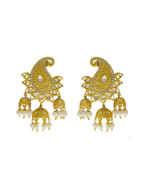 Fancy Gold Finish Kundan Earrings Styled With Pearls Beads Earrings