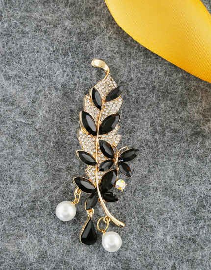 Black Colour Gold Finish Styled With Pearls Beads Fancy Brooch