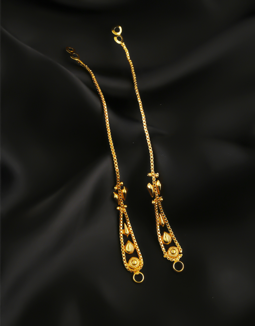 Simple Gold Finish Earring Supporter Chain