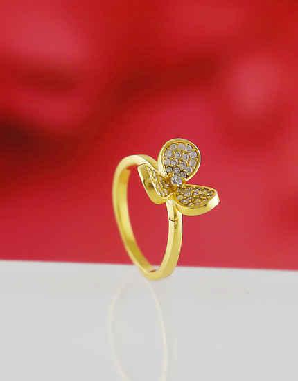 Unique Design Gold Finish American Diamond Finger Rings