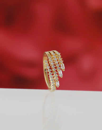 Gold Finish Simple Stunning Diamond Rings For Girls