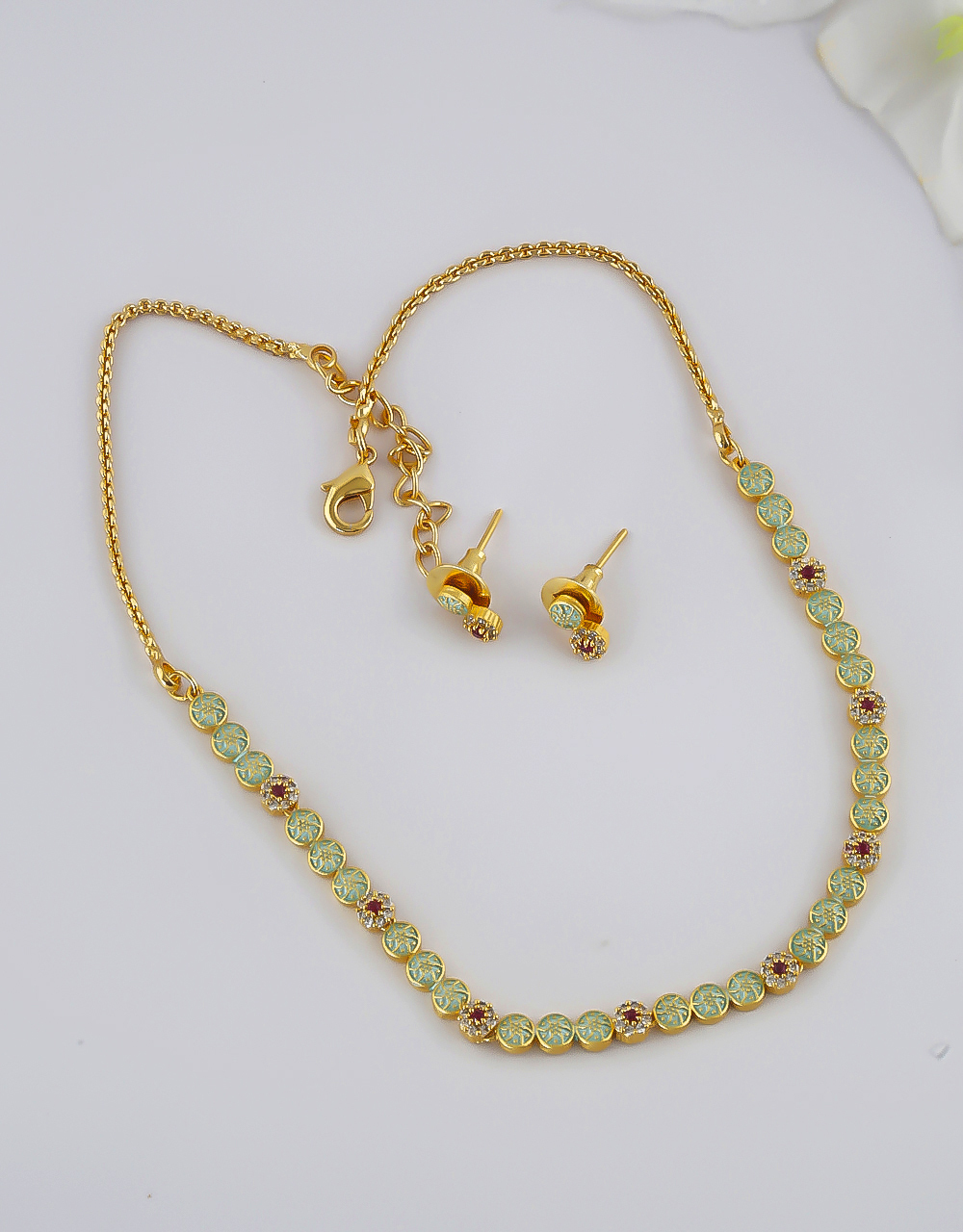 Pista Green Colour Gold Finish Simple Necklace