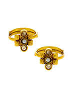 Gold Finish Traditional Toe Ring For Wedding Wear