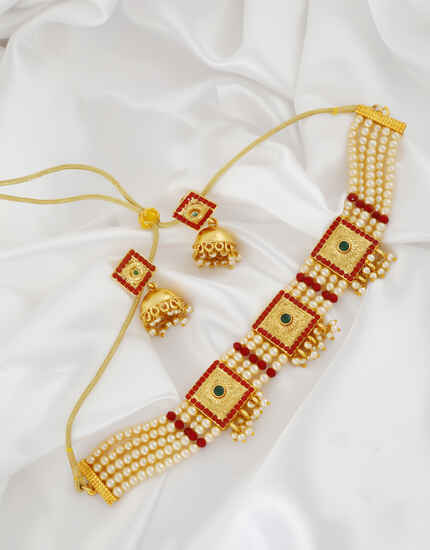 Unique Design Gold Finish Multi Colour Chokar Neclace