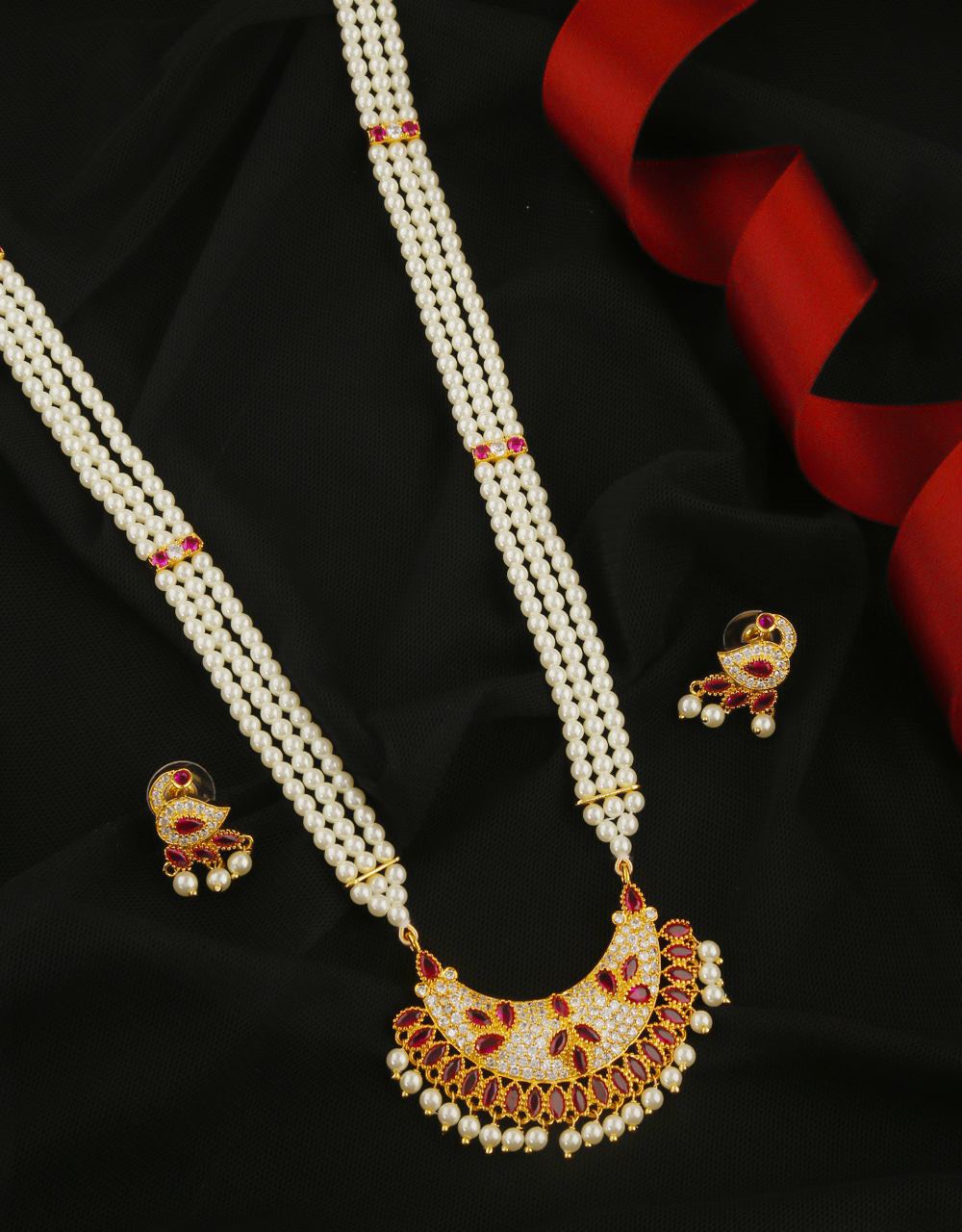 Pink Colour Gold Finish Designer Stunning Moti Necklace For Wedding