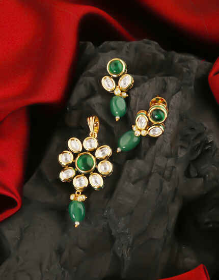 Very Classy Green Colour Kundan Pendant Set by Anuradha Art Jewellery