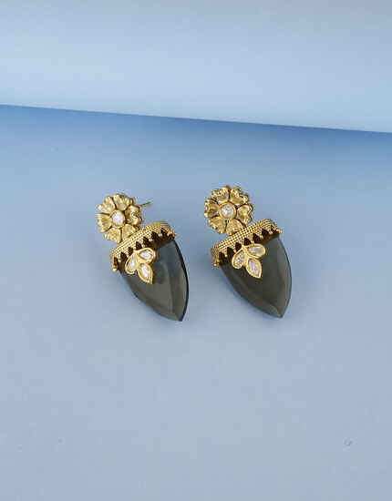 Fashionable Grey Colour Traditional Kundan Earrings.
