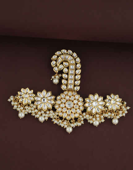Floral Design Golden Finish Turban Brooch For Men.