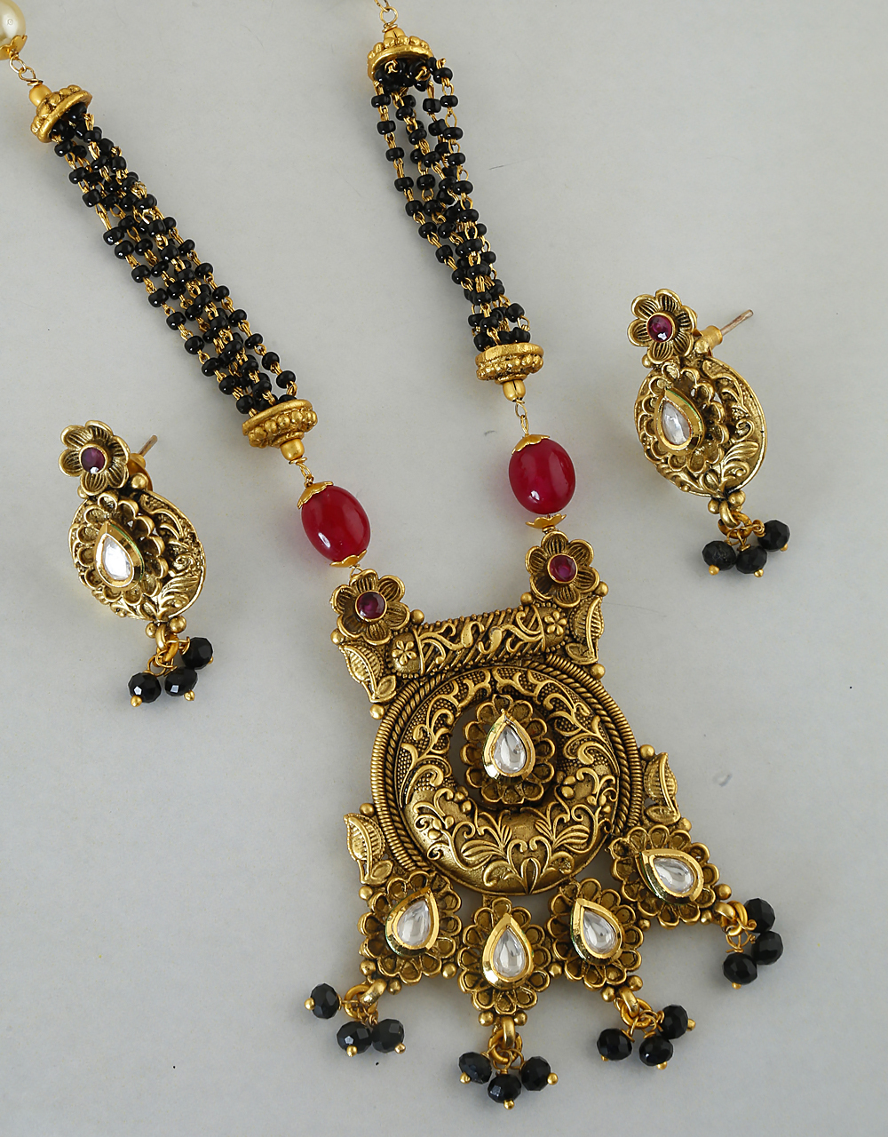 Adorable Matte Ethnic Design Mangalsutra for Women