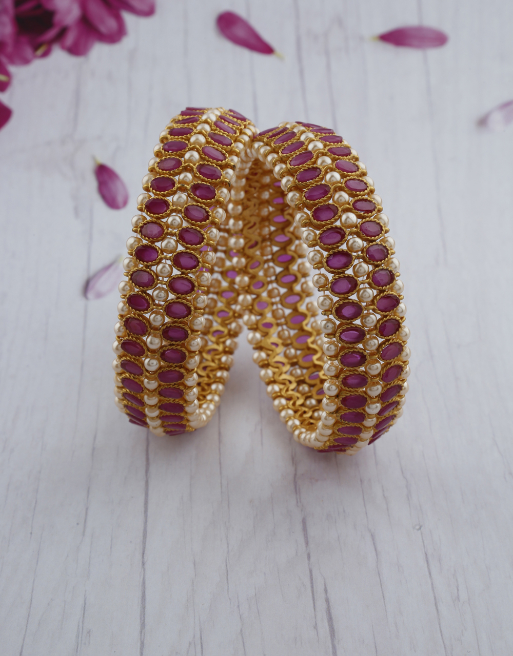Adorable design studded with pink stone bangles for women