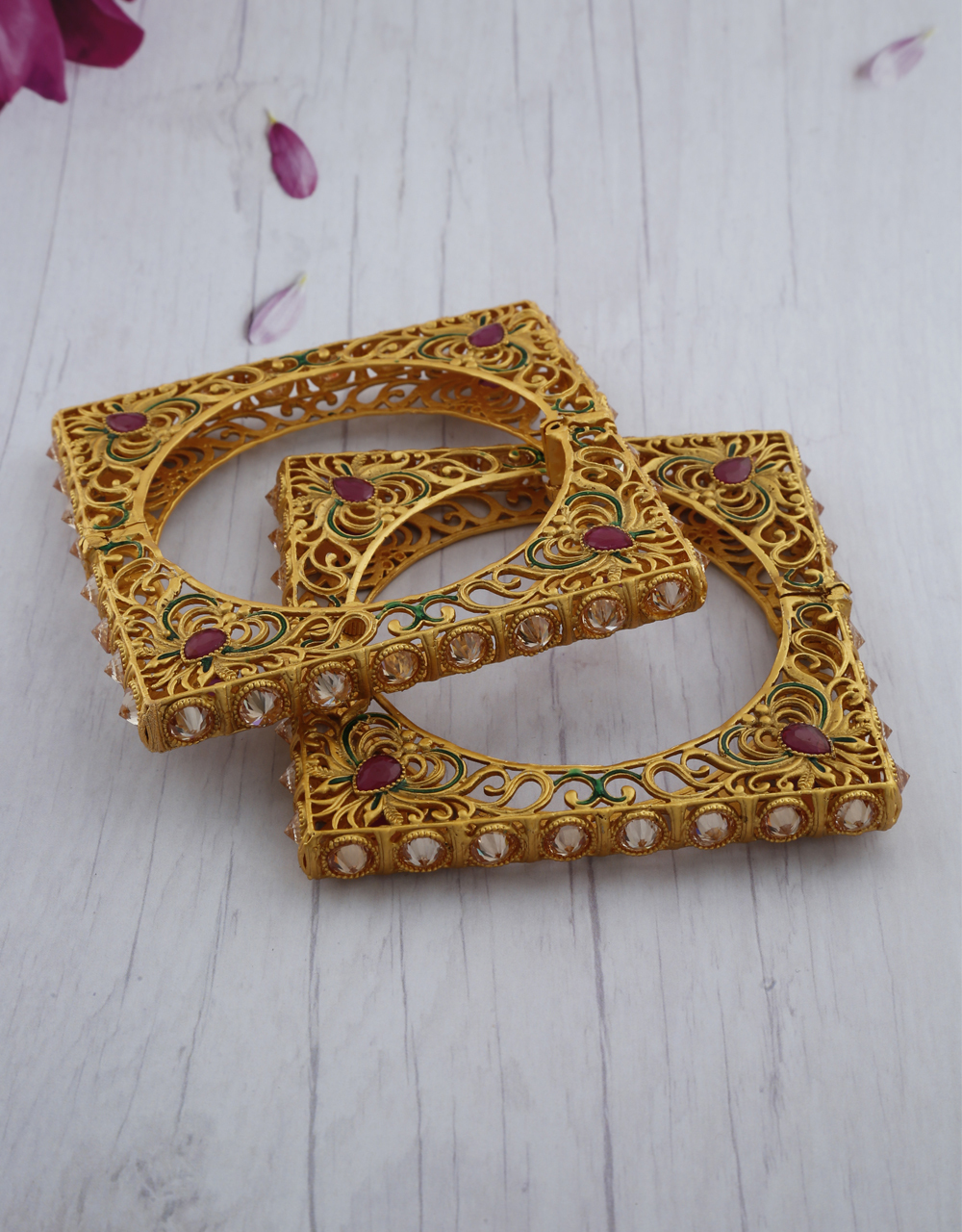 Royal Square Shape Appealing Bangles for Women