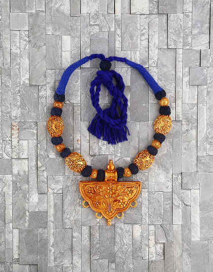 Fancy Blue Colour Handmade Geru Polish Thread Necklace for Women/Girls