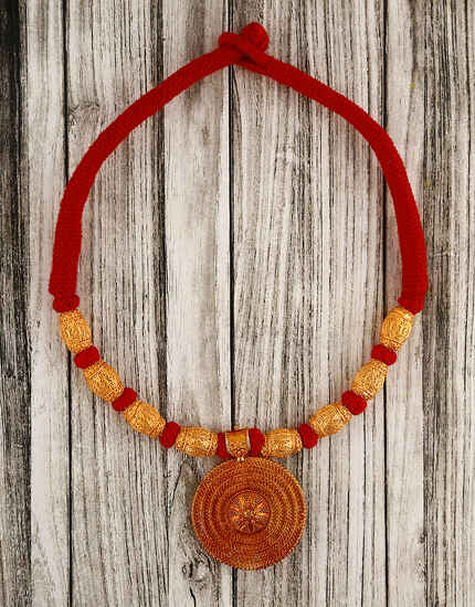 Adorable Red Colour Handmade Geru Polish Thread Necklace for Women/Girls
