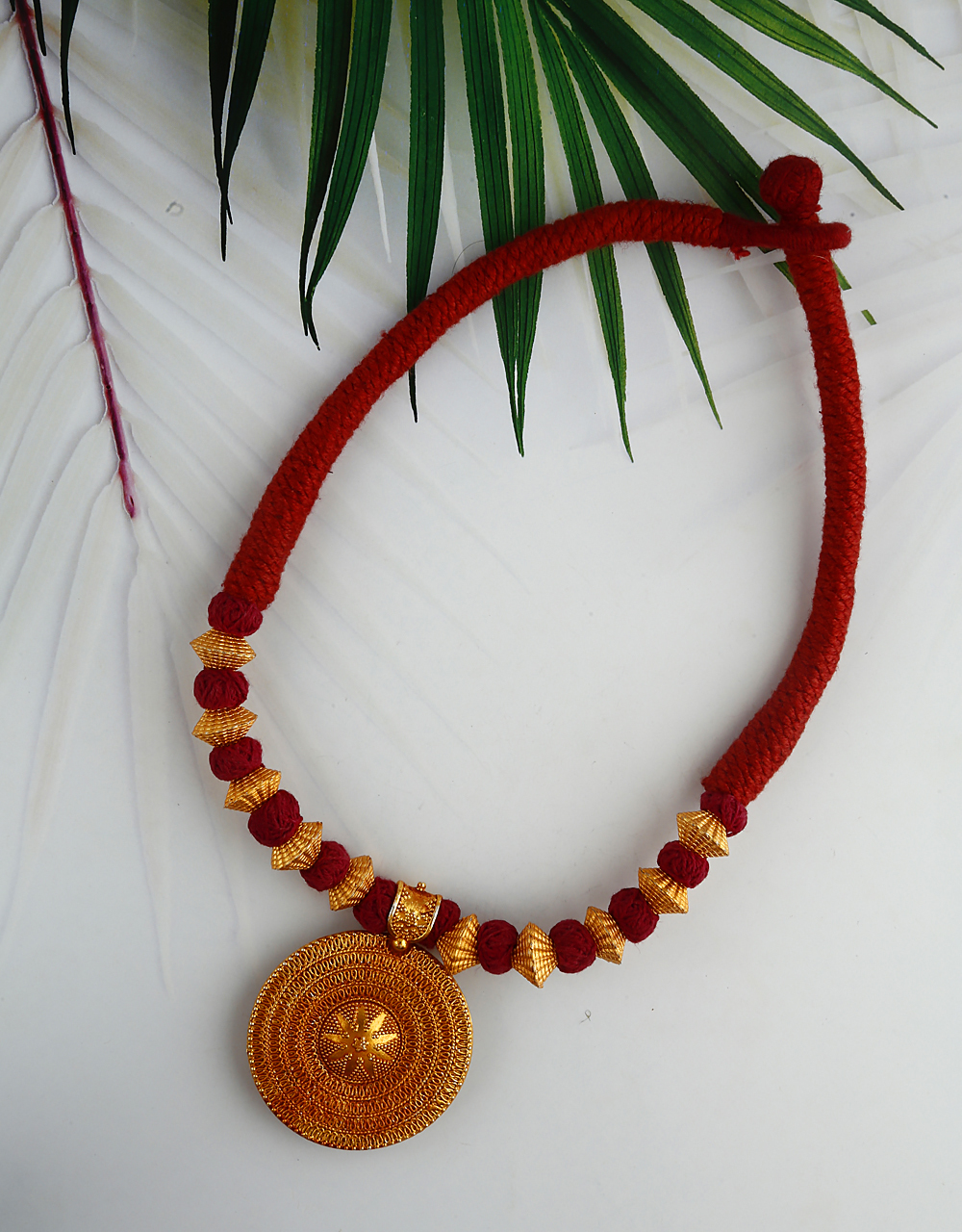 Fancy Red Colour Handmade Geru Polish Thread Necklace for Women/Girls