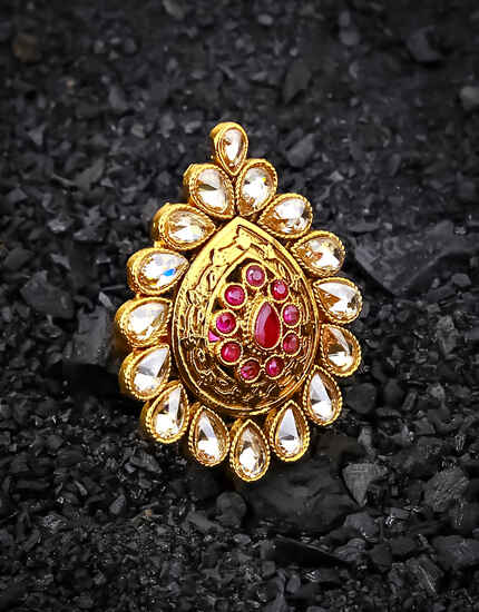Droplet Shape Pink Colour Beautiful Finger Ring for Women