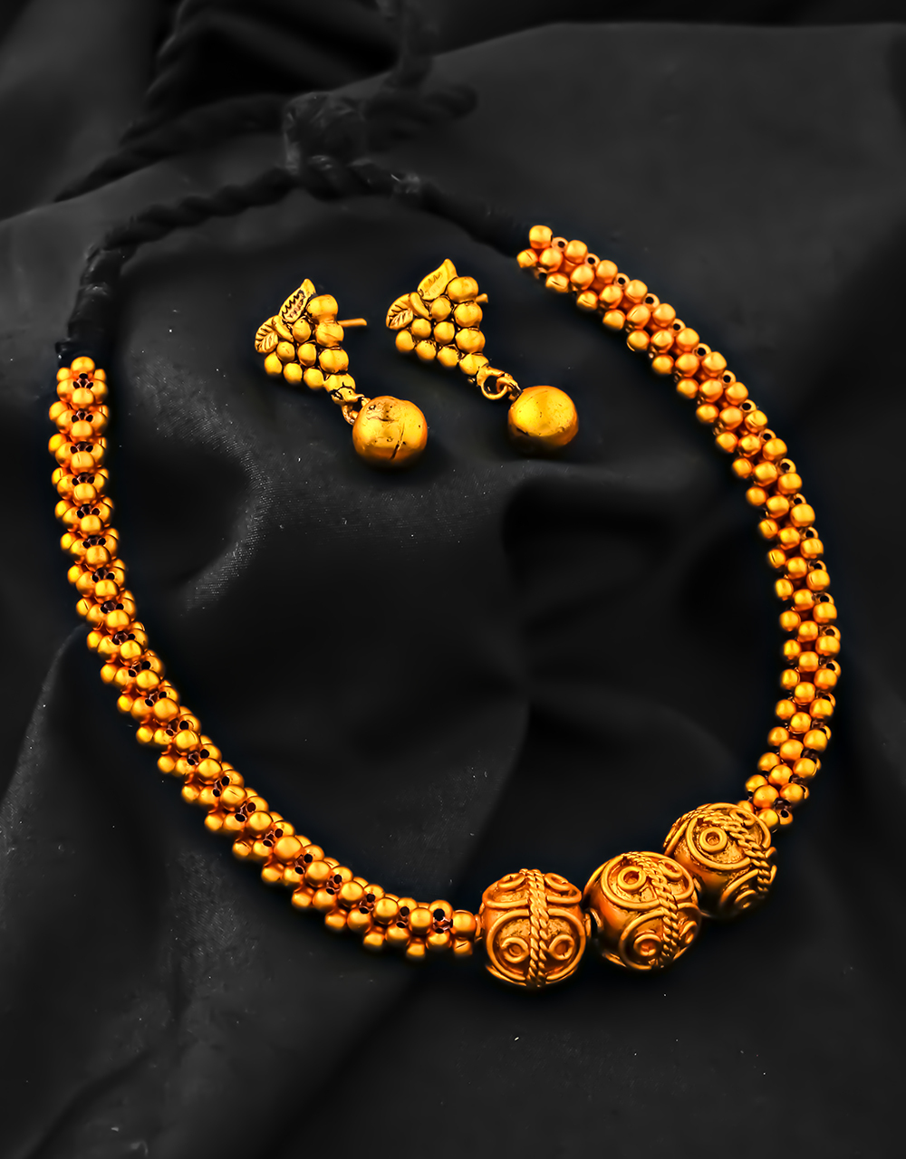 Matte Gold Finished Designer Thushi Necklace for Women Woven into Black Thread