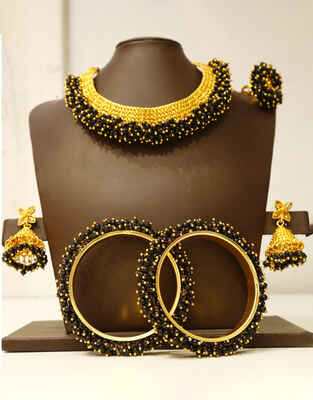 Black Colour Wonderful Jewellery Combo Set for Women at Best Price