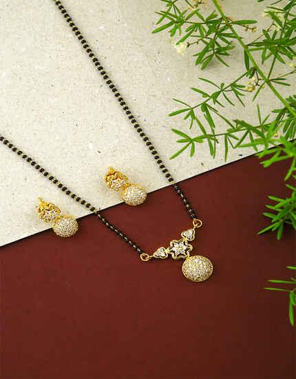 Gold Finish Adorable Wati Short Mangalsutra for Women