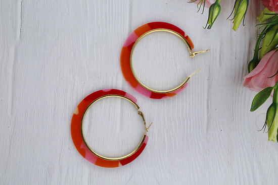 Multi Colour Appealing Pair of Hoop Earrings for Girls