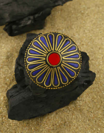 Blue Colour Fancy Antique Gold Finished Finger Ring for Women
