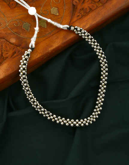 Simple and Delicate Silver Finish Oxidised Thushi for Women