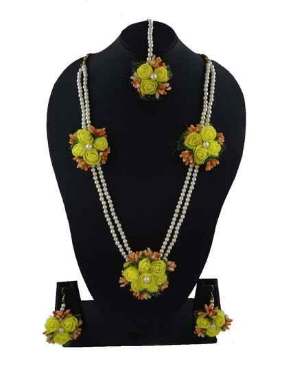 Classy Haldi Jewellery Set for Bridal Flower Yellow