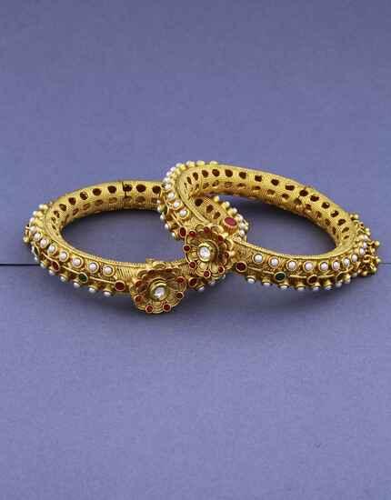 Golden Finish Wonderful Design In Bangles For Women