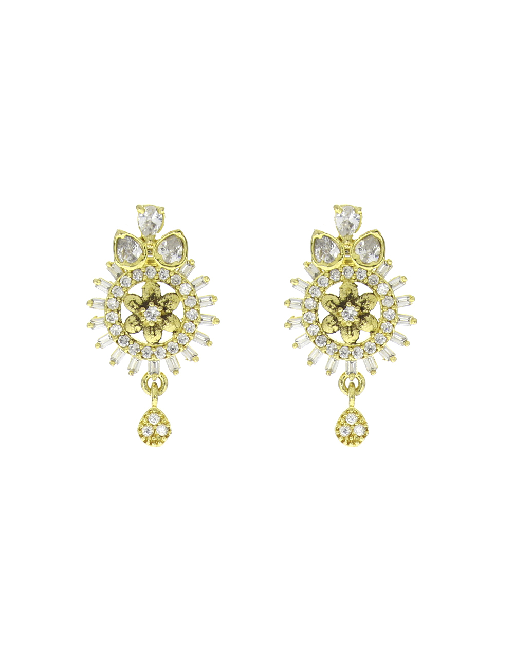 Gold Tone Adorable Classy Traditional Pendant Set For Women & Girls