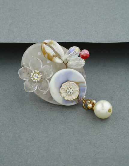 White Colour Brooch For Women|Sari Brooch For Girls|Daily Use Saree Pin