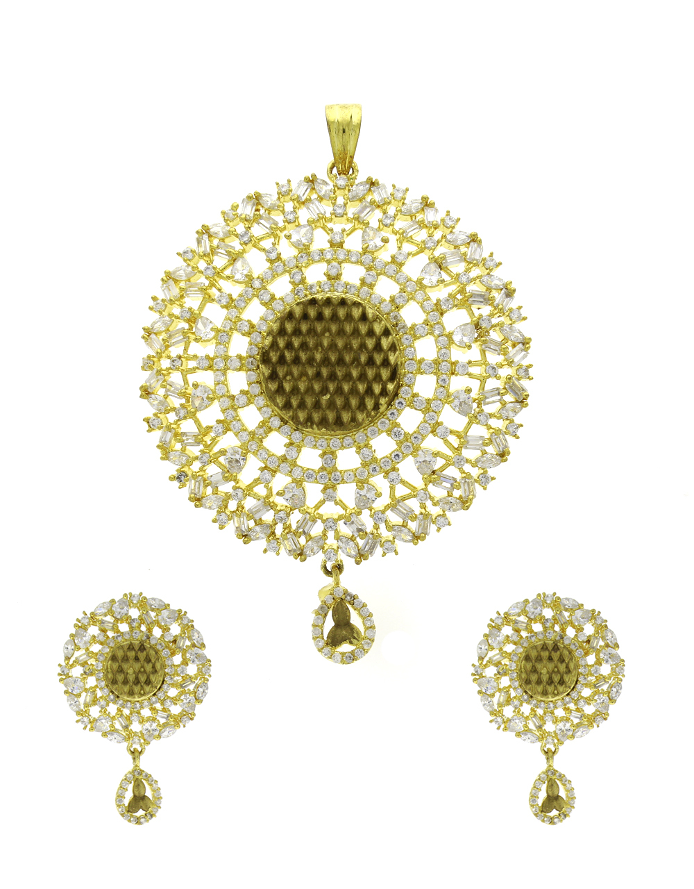 Gold Finish Sutdded Diamond Stone Traditional Pendant For Women