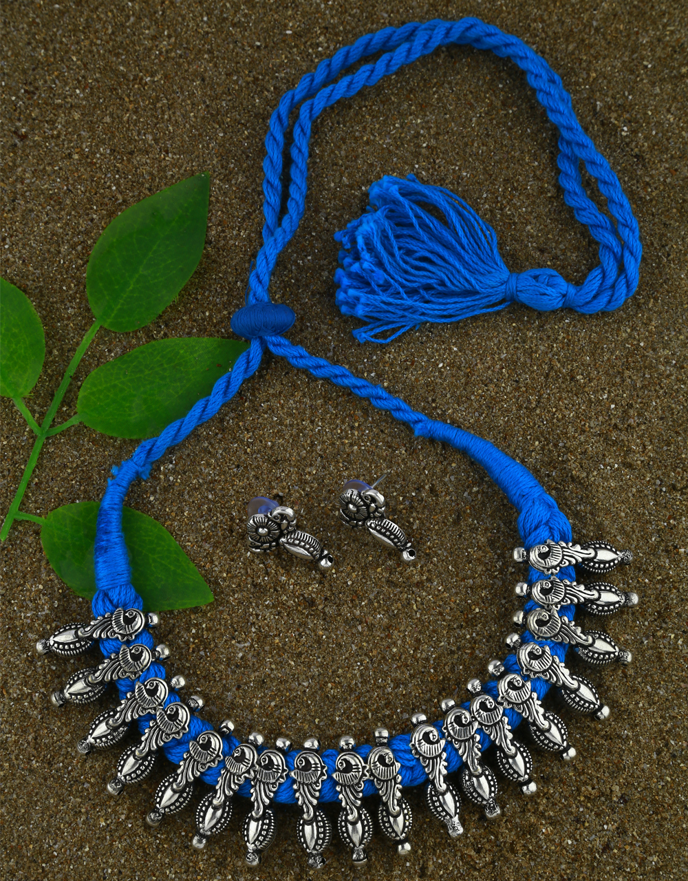 Navratri Necklace For Girls Traditional Thread Jewellery For Women