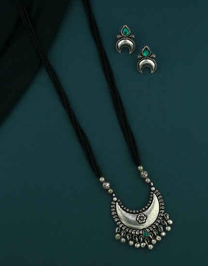 Delicate Oxidized Finish Moon Shape Traditional Mangalsutra Set Marashtrian Jewellery For Women