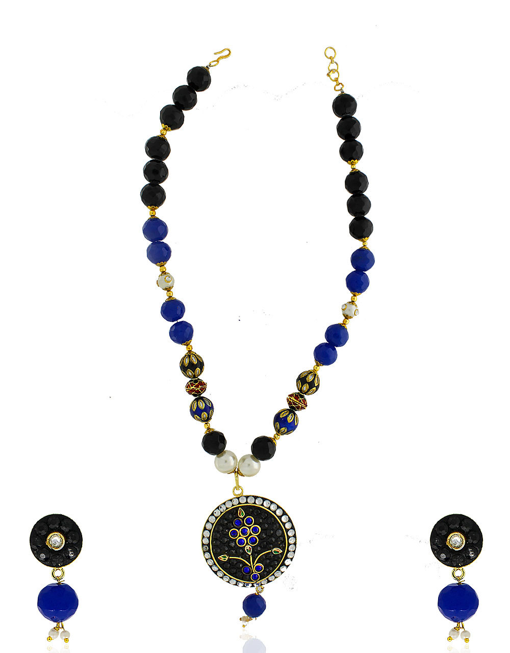 Traditional Pendent Set