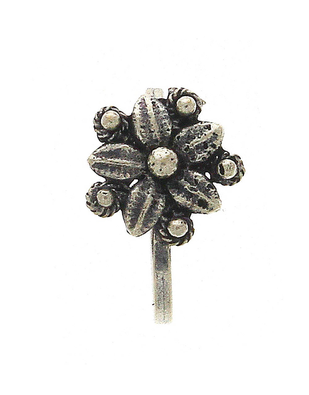 Floral Oxidised Nose Pin