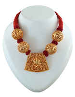 Lotus Design Maroon Colour Styled With Gold Beads Geru Jewellery Set