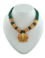 Lotus Design Green Colour Desidner Geru Necklace