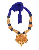 Gold Finish Adorable Geru Jewellery Styled With Geru Beads Thread Jewellery