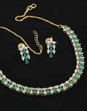 Necklace Of Diamond Styled With Green Colour Diamond Party Wear Diamond Necklace