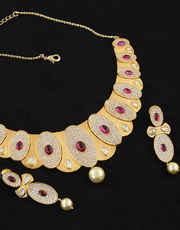 Gold Finish Bridal Diamond Necklace Studded With Ruby Diamodns Necklace